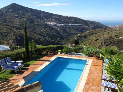 Photo for A tranquil jewel in the Andalucian countryside with beautiful gardens.