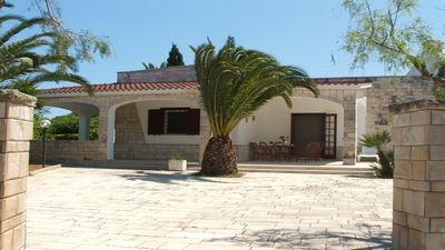 Photo for Elegant Villa at the Sea, with Air conditioning, 3 Bedrooms: Vacation in Puglia