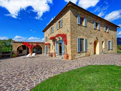 Photo for Villa in Vicchio with 8 bedrooms sleeps 15