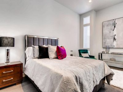 Photo for Studio apartment 495 m from the center of Las Vegas with Internet, Air conditioning, Parking, Washing machine (1028457)