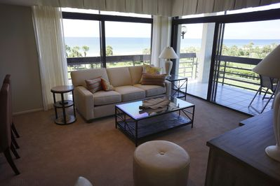 Living room overlooking the Gulf of Mexico