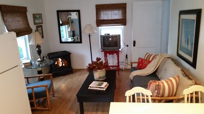 Photo for Charming Cottage Within Frankfort