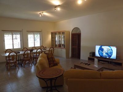 Spacious lounge with Sky TV and internet