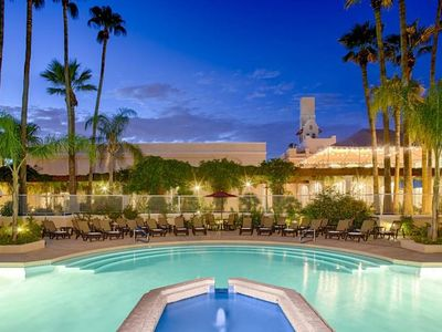 Photo for SUNSET VIEW, CLASSIC KING UNIT! POOL, PARKING