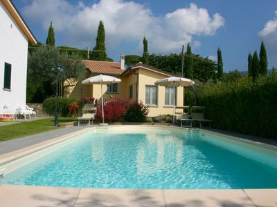 Photo for Cottage ideal for a romantic holiday. Air conditioning, Wi-Fi, swimming pool and panoramic garden. C