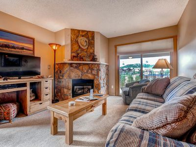 Photo for Quaint Residence - Remodeled Kitchen/Dining Area -Convenient Access to Mountain