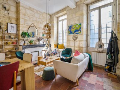 Photo for Atypical and character flat in Saint-Michel district, Bordeaux - Welkeys