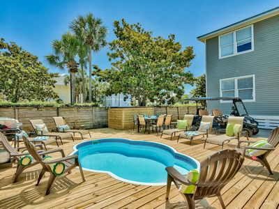 Photo for Crystal Beach Luxury, 3BR Home w/ Private Pool, 1 Golf Cart! Beach Service!