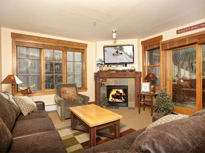 Photo for Rustic Alpine 4 Bedroom Condo with Plush Sofas and Private Balcony