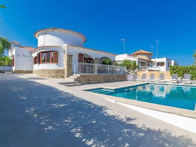 Photo for Stunning Villa with Private Pool,  3 mins walk to beach! (new to rental market)
