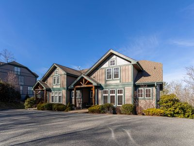 Photo for Discover relaxation at Altitude Adjustment an Echota on the Ridge Townhome!