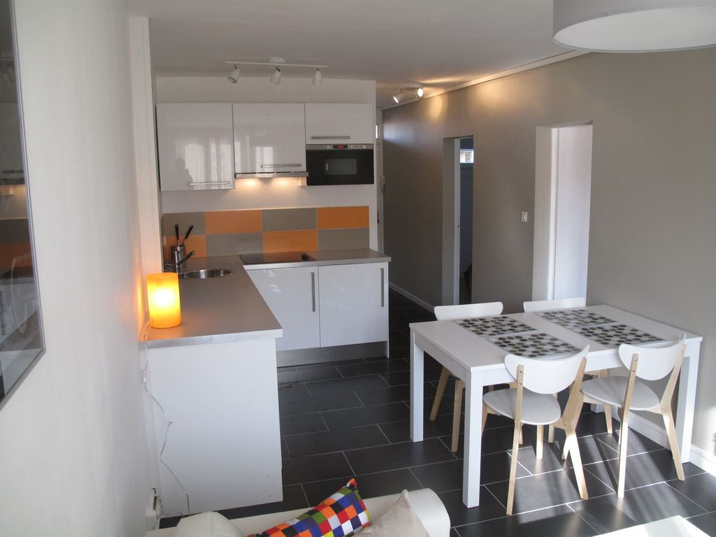 Design a st cyprien appartement pour 4 personnes for Garage peugeot saint cyprien toulouse