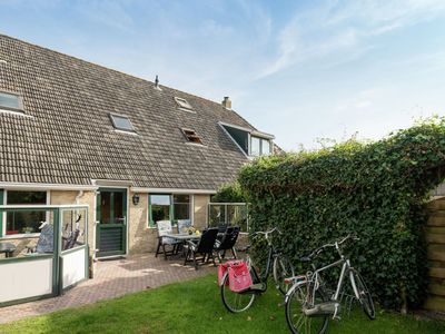 Photo for Apartment within walking distance of the beach and the dunes of Terschelling
