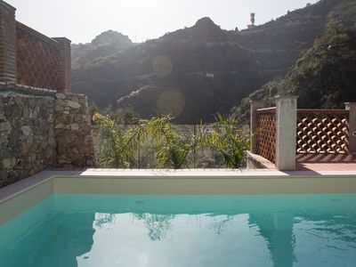 Photo for 3 bed holiday home with swimming pool a few kilometers from Taormina