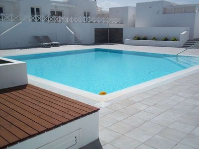Photo for 2 bedroom Apartment, sleeps 4 with Pool and FREE WiFi