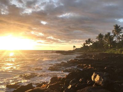 Gorgeous, dramatic sunsets from Alii Drive Shoreline Access