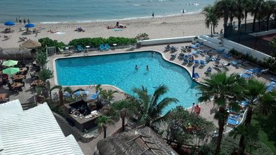 2br Oceanfront Condo On The Beach With Panoramic Ocean Views