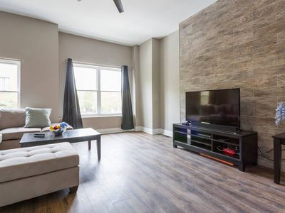 Photo for Remodeled 2 Bed/1Bath Condo-Walk to United Center