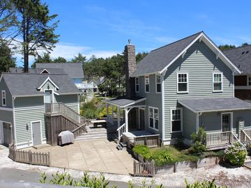 Sandcastle Beach Cottage on the Boardwalk to the Beach w/ Park, Pool & Hot Tub!