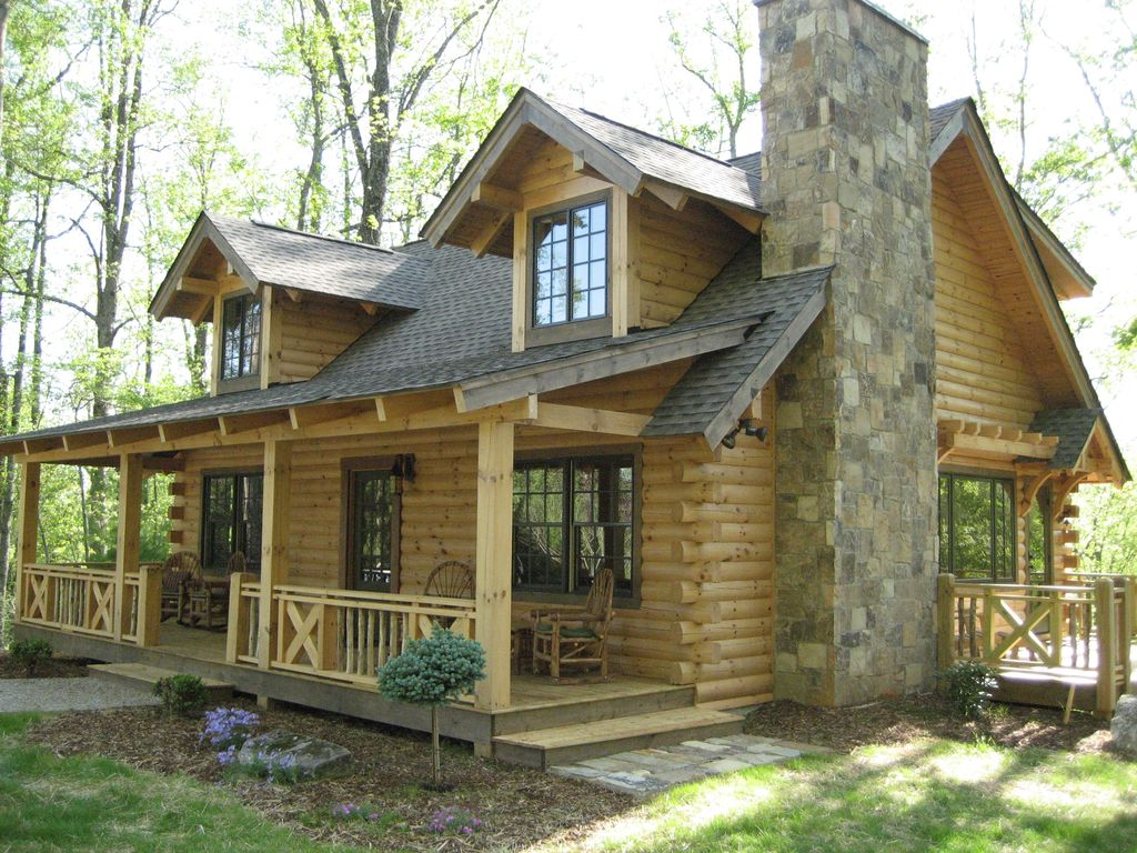 Luxury custom log cabin with spa bathroom hot tub fire for Unique log homes