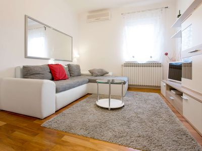 Photo for Lisinski - two bedroom apartment with private parking