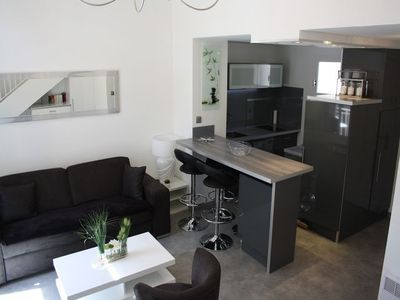 Photo for DUPLEX 4 pers-PRIVATE PARKING-WIFI-CLIMATISE-10 min beach-5 min SHOPS and PORT