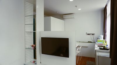 Photo for Amazing Spacious Studio Apartment Unit @ Central Of Singapore ON2