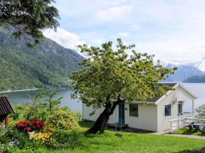 Photo for 3BR Villa Vacation Rental in Vallavik, Ullensvang