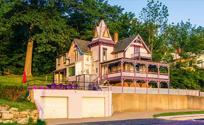 Photo for Castle Rest - At The Center Of Weirs Beach