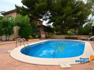 Photo for Villa with garden and pool