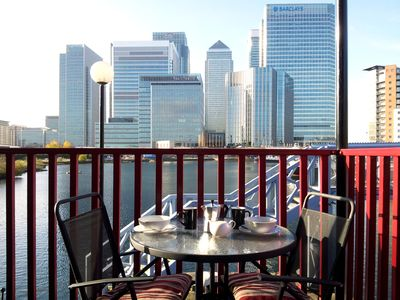 Photo for 2 bed waterfront apartment in Canary Wharf
