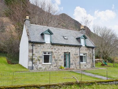 Photo for 4 bedroom property in Kyle of Lochalsh.