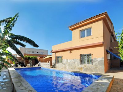 Photo for Vacation home Hibiscus  in Vinarós, Costa del Azahar - 10 persons, 5 bedrooms
