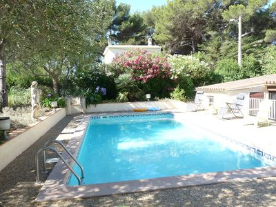 Photo for Villa with pool in the fishing village in Brusc (sleeps 6)