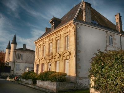 Photo for House in the heart of Médoc (wine route, sea and lake).