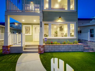 Photo for ☀️ Luxury South Mission Beach Home🏡!Stylish Family beach retreat- AC, Garage Parking!