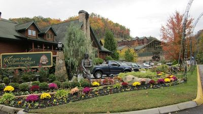 Photo for New  Mountain Top Unit, 5 Star Resort, 8 Free Water Pk Tickets & Wi-Fi, Pets OK