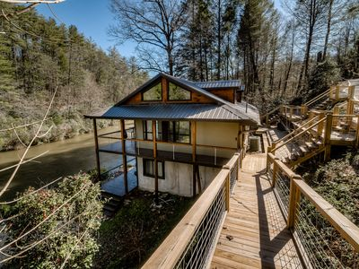 Photo for Modern mountain home right on Toccoa River w/fire pit and open floor plan