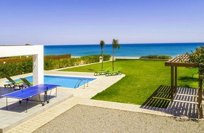 Beautiful Seafront Villa with Private Pool