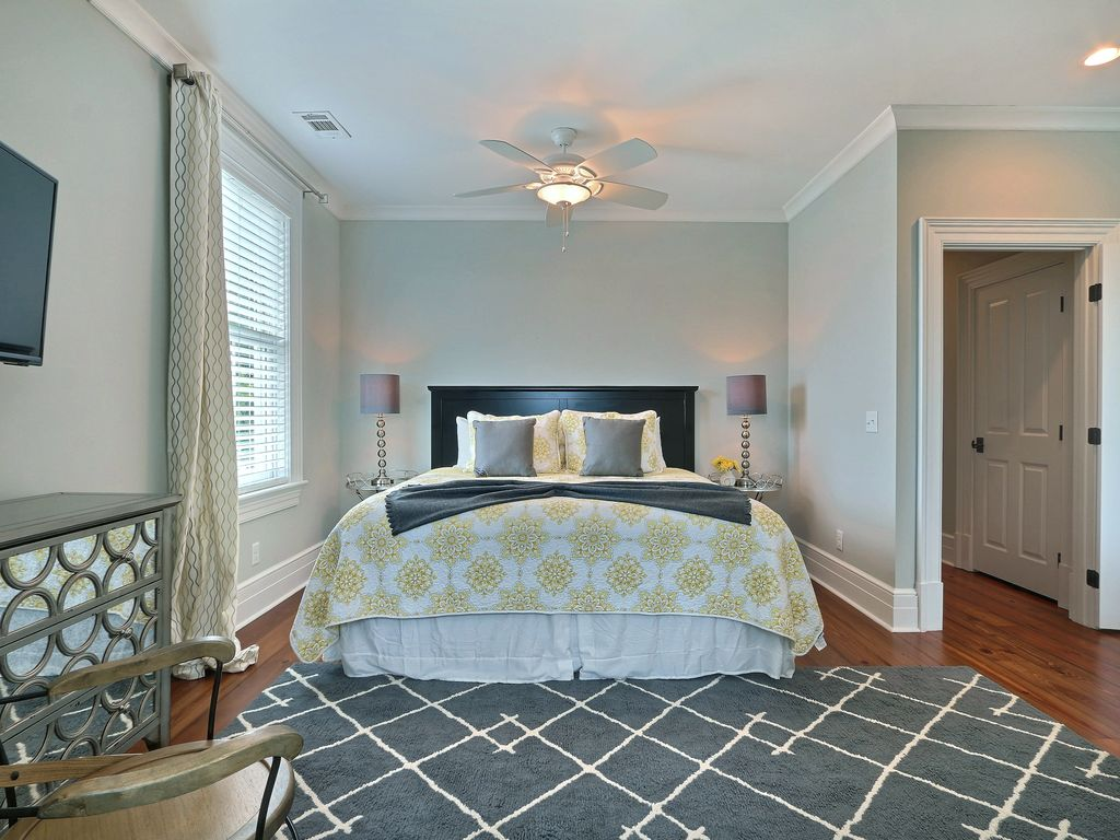 """Rest Well with Southern Belle Vacation Rentals at """"Pearly Whites"""""""