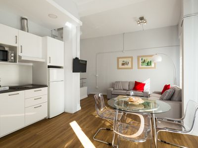 Photo for Elcano 14. 2 bedrooms, 2 bathrooms, free parking