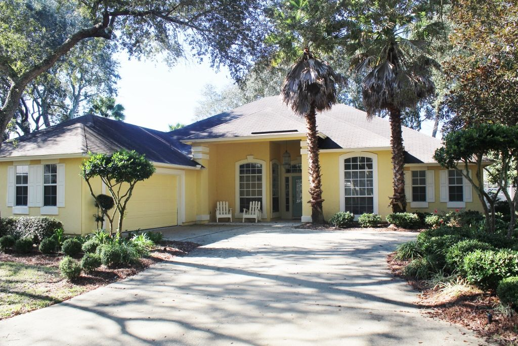 Updated Amelia Island 3 bed/3 bath home Great Location ...