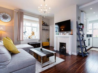 Photo for Holmefield Court - In London (Camden)