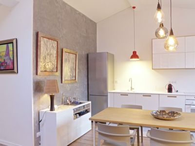Photo for 2 bedroom apartment with lift and small terrace, city center