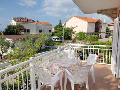 Photo for Two bedroom apartment with terrace and sea view Njivice, Krk (A-5398-c)