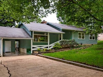 Photo for Mid-century Ranch House, Excellent Location, Wonderful Outdoor Space!