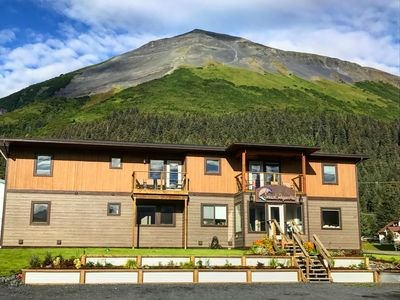 Photo for Driftwood Suites #2- Downtown Mountain Views - WhiteCap Suite