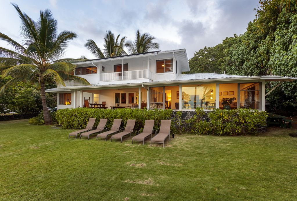 Magnificent Old Hawaii Style Plantation Managers Beach House Kailua Kona Download Free Architecture Designs Scobabritishbridgeorg