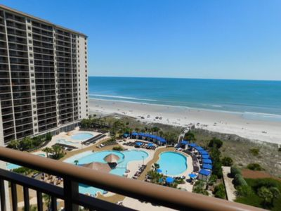 · Perfect for Groups! 4 BR — Breathtaking view