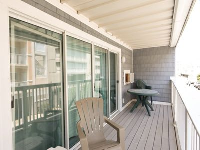 Photo for Ocean Block Condo, Steps from the beach, full kitchen, W/D, 1 Parking Spot , North Ocean City!